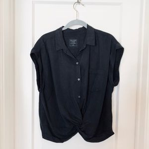 ABERCROMBIE & FITCH Black Knot-Front Top